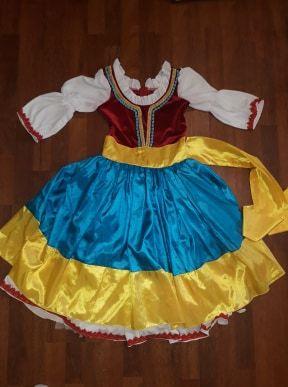 Costum dans de caracter-tarantella