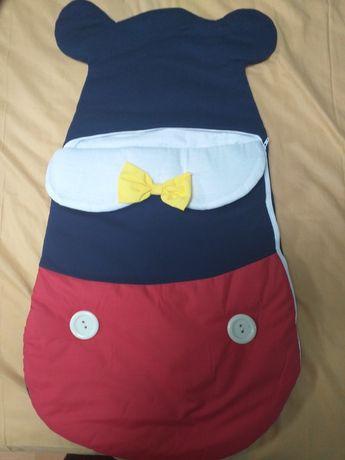 Sac de dormit Mickey Mouse pentru bebelusi, nou