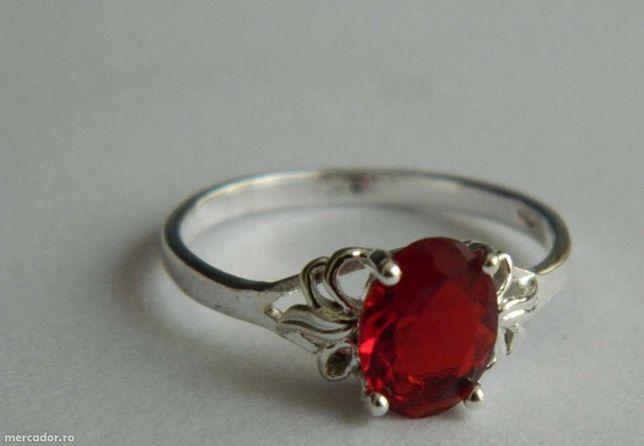 A30,inel argint 925,nou/marcat, model superb, zircon rosu