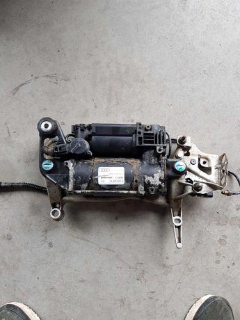 Compresor perne aer suspensie pneumatica Audi Q7 VW Touareg 7L8616006C