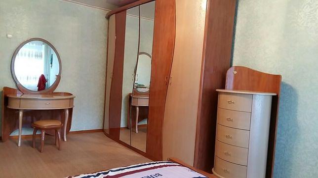 Отличная спальня комплект