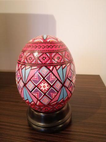 Ou de struț pictat cu suport sustinere