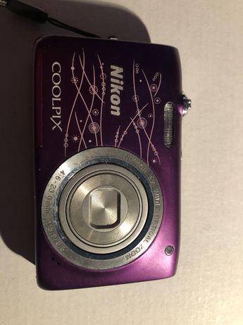 Aparat foto Nikon S2800