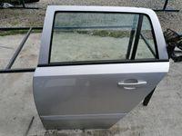 Ușa portiera spate stânga Opel Astra H Combi Z157 argintiu dezmembrez