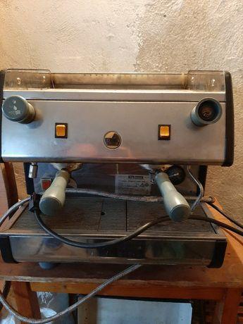 Професионална кафемашина
