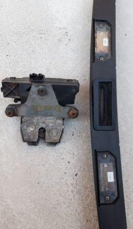 Broască Încuietoare Buton Deschidere Haion Portbagaj Ford Focus 2 MK2