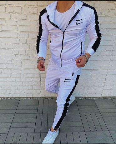 Спортивные костюмы Турция.