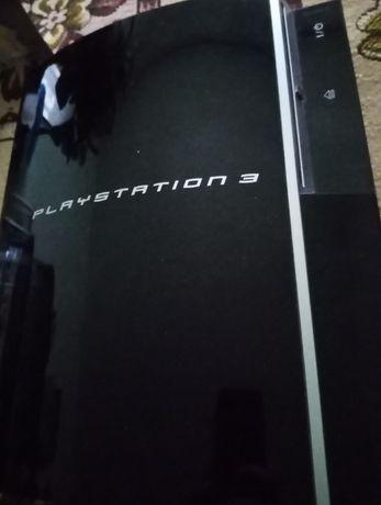 Vând PlayStation 3 + jocuri