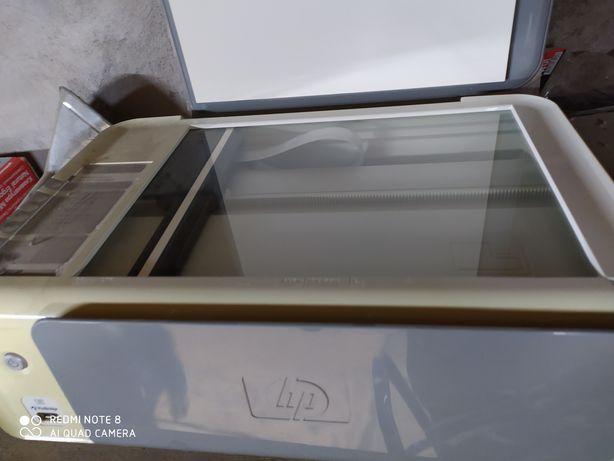 Машина полуавтомат, 20000Принтер HP. Цветной, чёрный белый