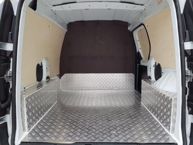 Echipare podele aluminiu montaj podele auto antiderapante