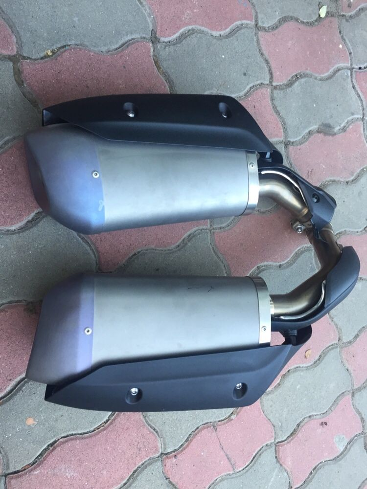 Tobe Yamaha R1 Bing-Bang