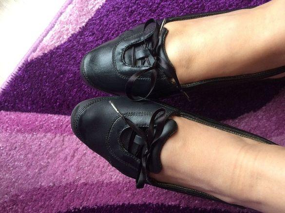 Полузатворени обувки Puma,тип балерина