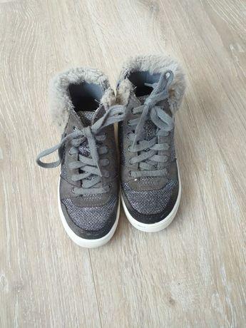 pantofi clarks nr 27