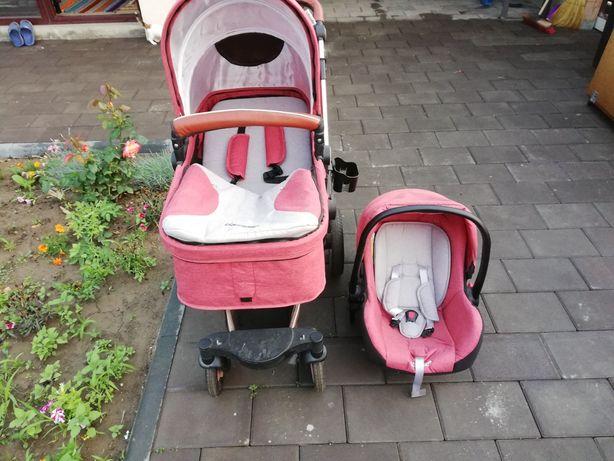 Vând cărucior bebe 3 în 1