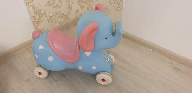 Elefant plastic