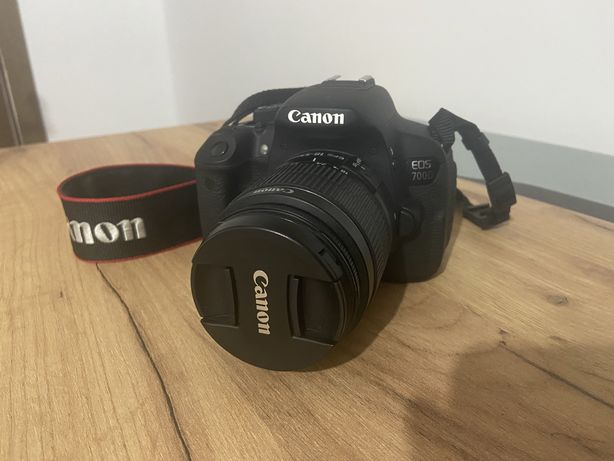 Продам фотоаппарат Canon 700d