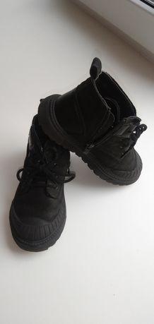 Продам детские ботинки р.27