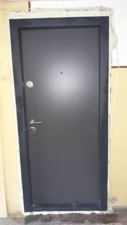 Usa Metalica MEGA DOOR MONTAJ RAPID 24 ore 1000 LEI