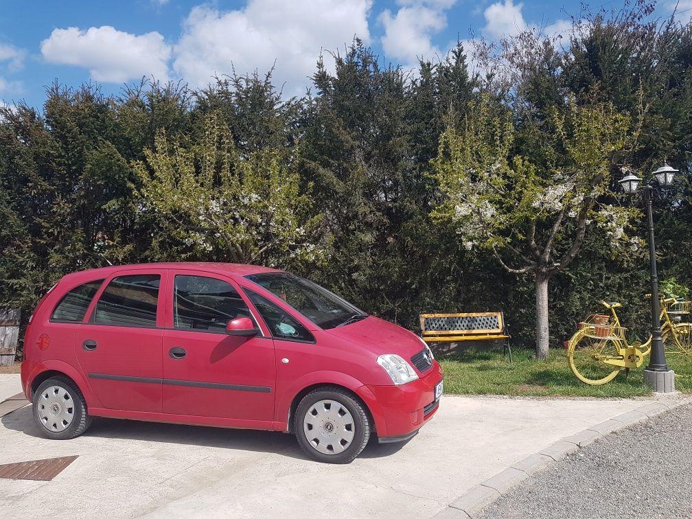 Vând Opel Meriva