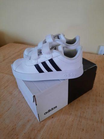 Adidași copii marca Adidas