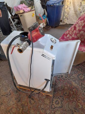 Продам печь газовую ,напольную.