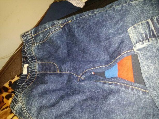Pantaloni.copii 6-8.ani