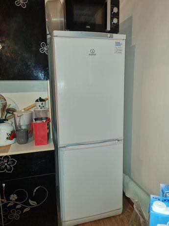 Холодильник,газовая плитка,стиральная машина 7кг,Сами пользовались