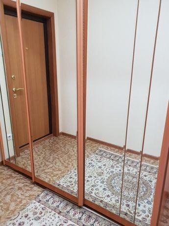 Продам шкаф зеркальный