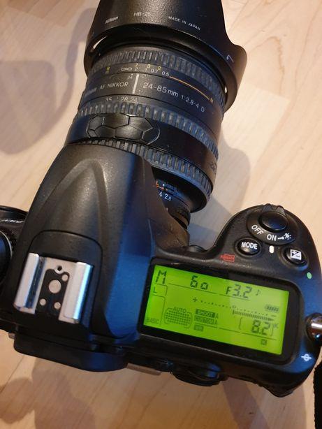 Vand aparat foto Nikon D300, obiectiv și blitz