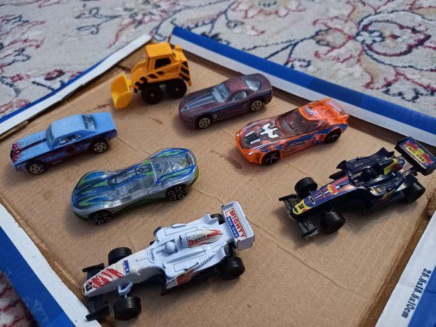 Машинки железо и пластмасса