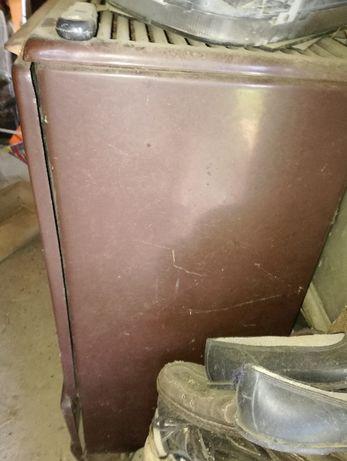Продавам нафтова печка ЮГ СУПЕР от 1970 г - състояние използвано