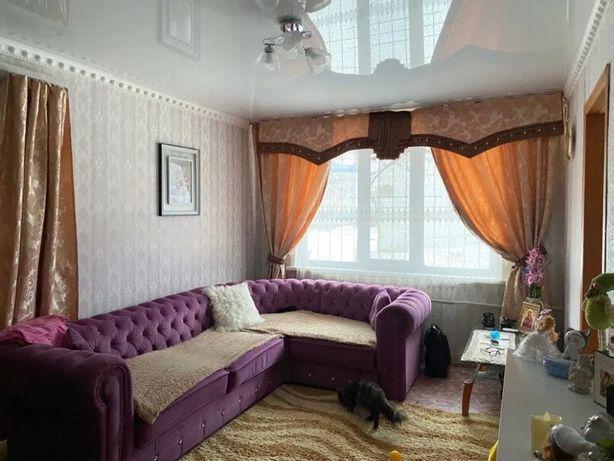 Продам 2 комнатную квартиру в районе Черёмушек!!!