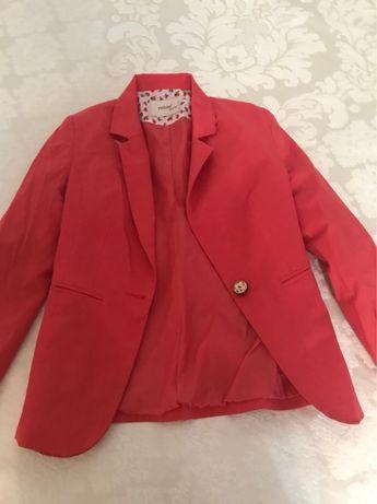 Продам блузку, платья