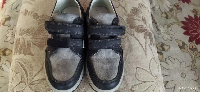 Продам обувь для мальчика