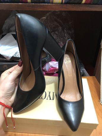 Продам туфли 36рр Cabin shoes