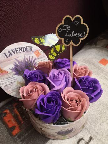 Aranjamente cadou flori săpun trandafiri