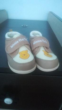 Детски обувки мечо пух