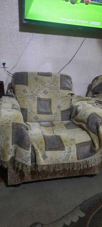 Кресла мягкие  2 шт