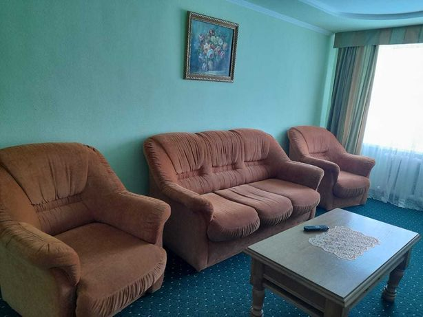Продам диван, кресло, журнальный столик
