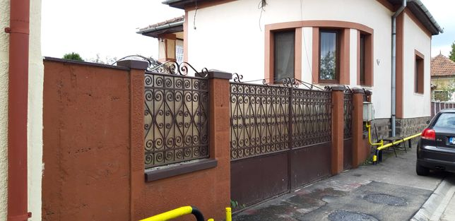 Casa in Simeria, zona foarte buna.