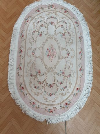 Продам набор ковриков для ванной и туалета