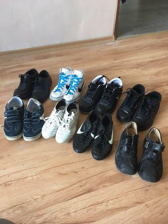 Лот от детски обувки