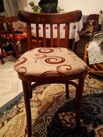 продается стулья.