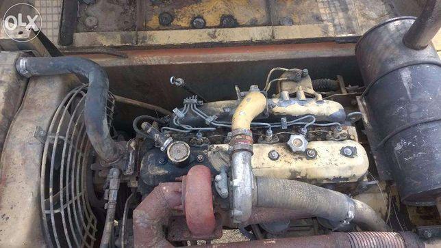 Motor iveco in 6 pistoane luat de pe Fiat Hitachi