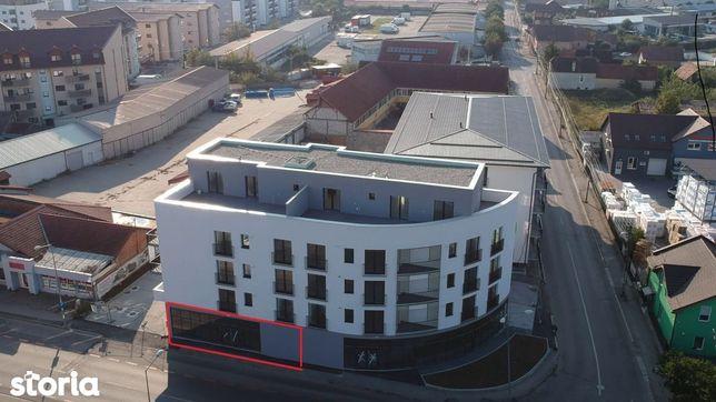Spatiu comercial 128 mp cu vitrina de vanzare in Sibiu