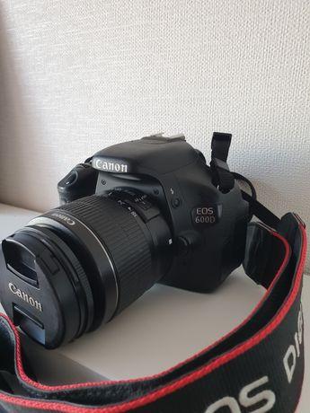 Canon 600D, EF-S 18-55 mm 3.5-5.6, EF 50 mm 1.8 STM