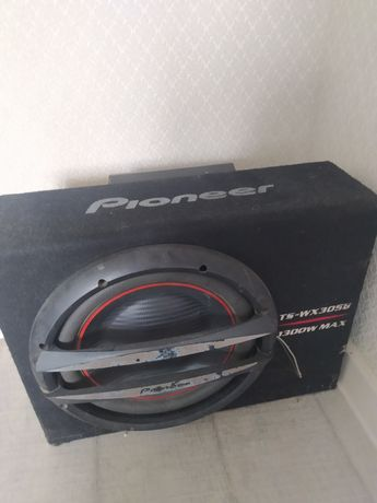 Продам сабуфер Pioneer c усилителем JVC