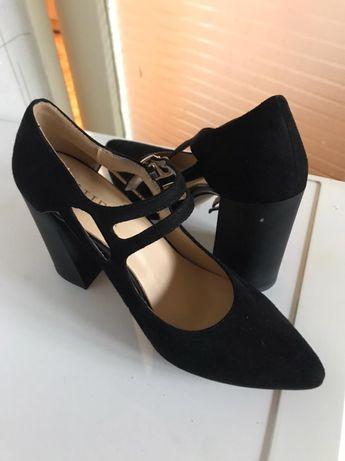 Новые туфли. Замш, лакированные