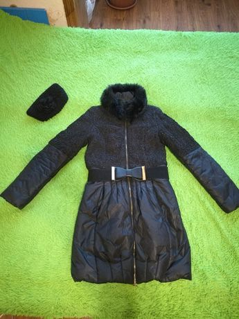 Пакет вещей, зимняя и осенняя куртка,брюки,джинсы,кофта, платье