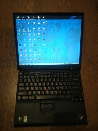 Laptop vintage IBM T23